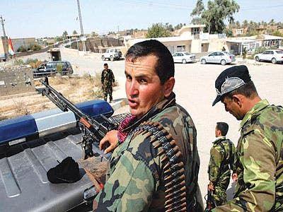 أفراد من قوات الأسايش الكردية