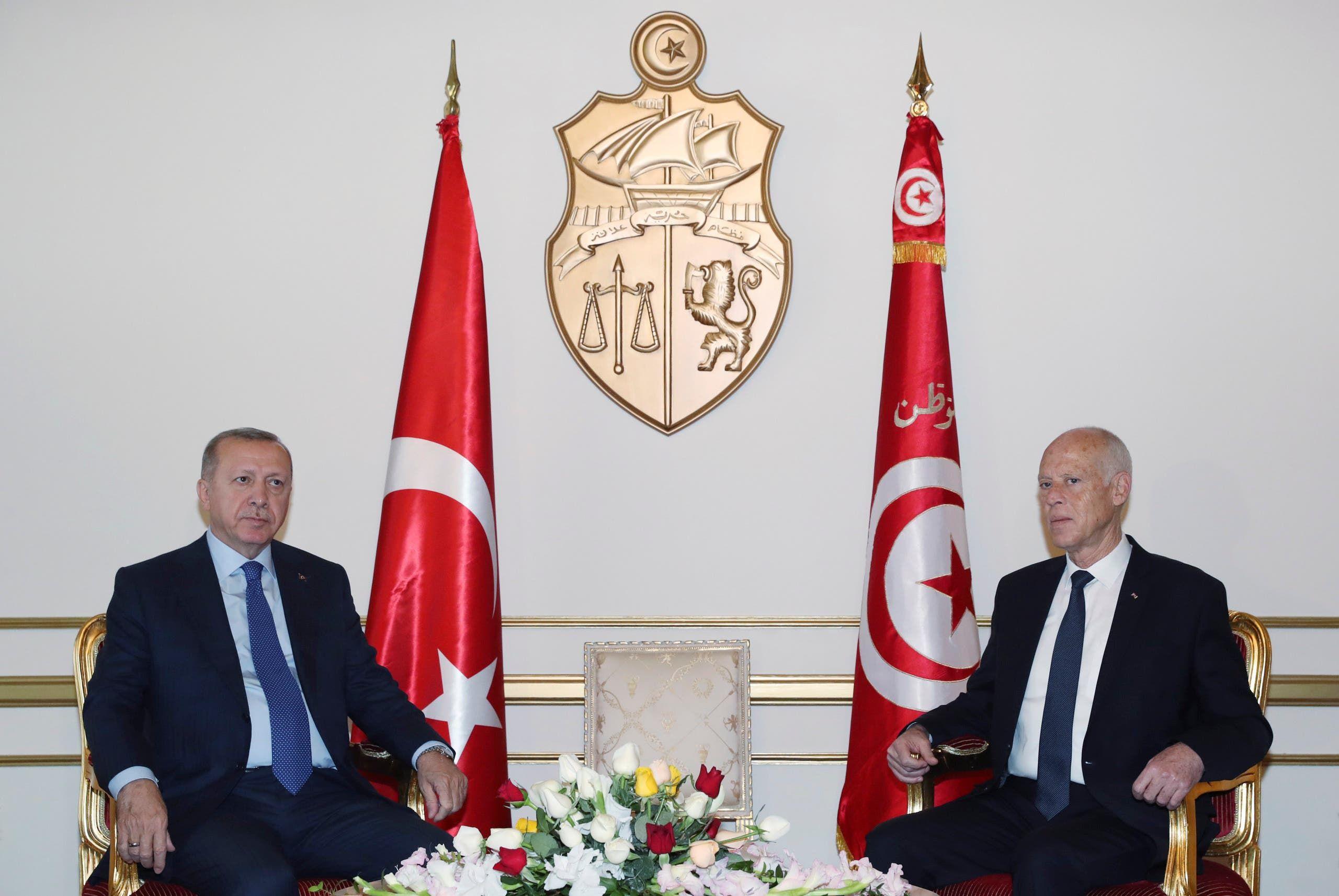 أردوغان مع الرئيس التونسي قيس سعيد