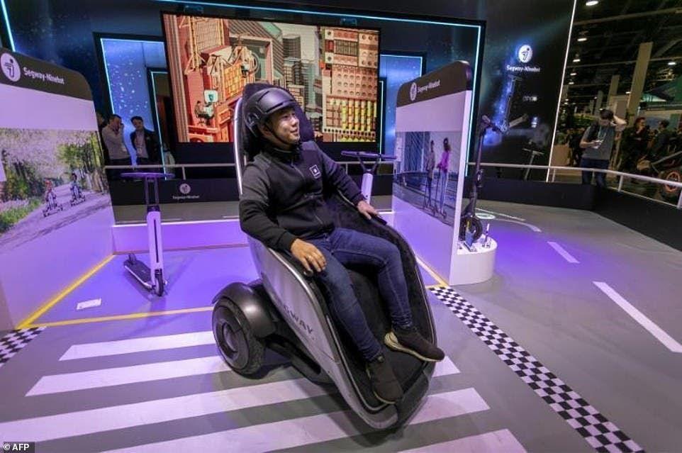 مفهوم الـS-pod للتجول في راحة واسترخاء بشوارع المدن