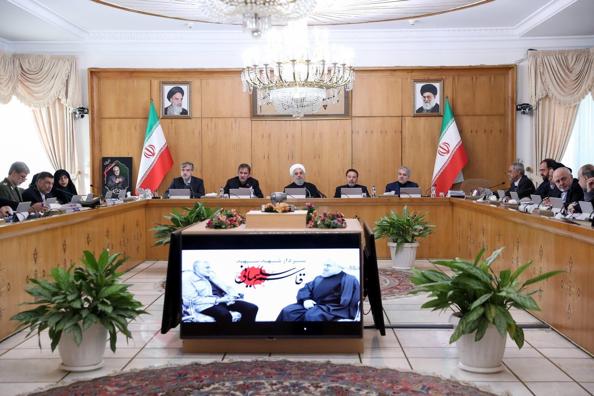 اجتماع برئاسة الرئيس روحاني قبيل علمه بعملية إسقاط الطائرة من قبل الحرس الثوري