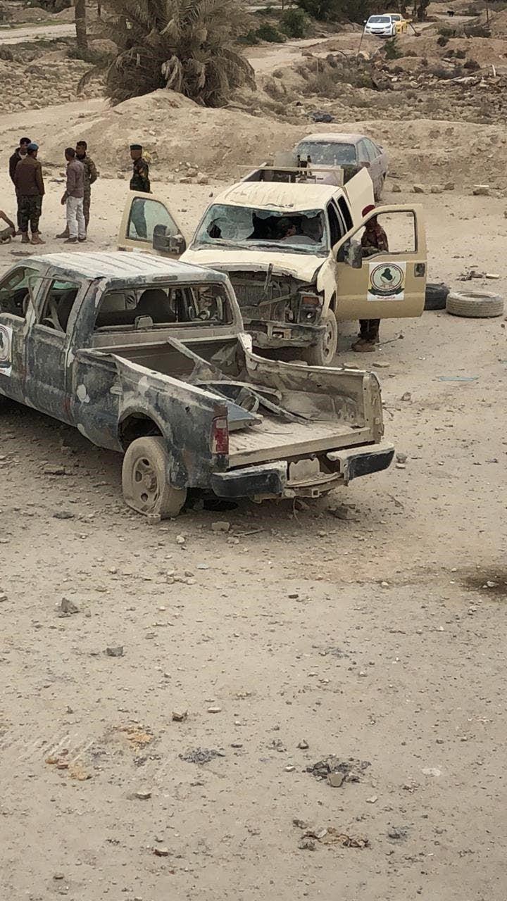السلطات العراقية تتفقد أحد المواقع المستهدفة
