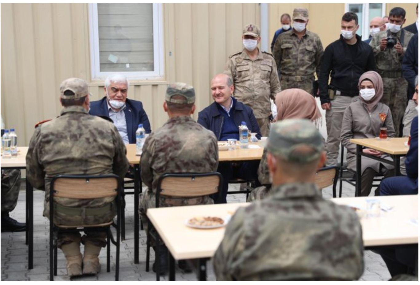 وزير داخلية تركيا في سوريا