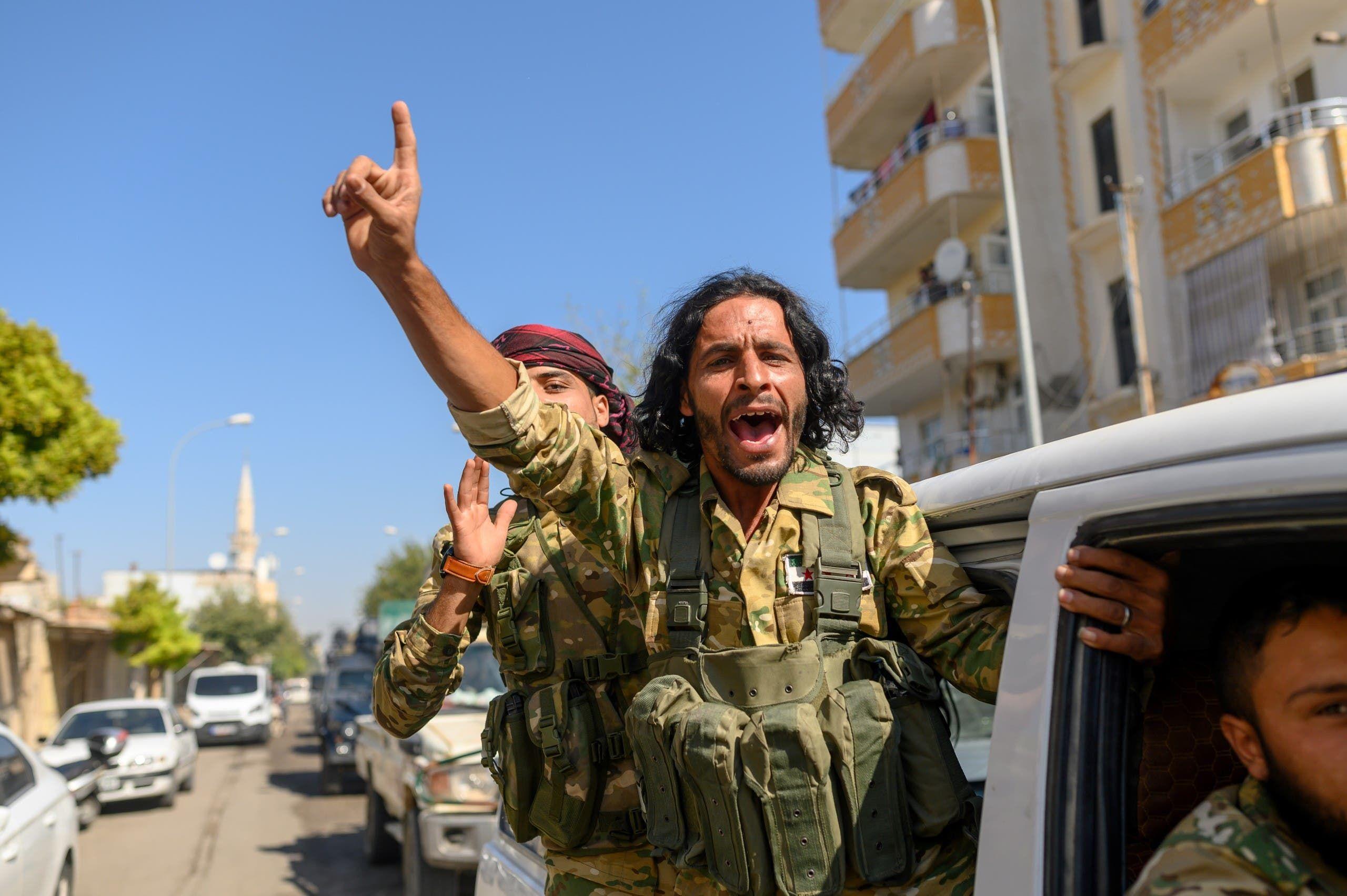 عناصر من الفصائل المسلحة الموالية لأنقرة شمال شرق سوريا(فرانس برس)