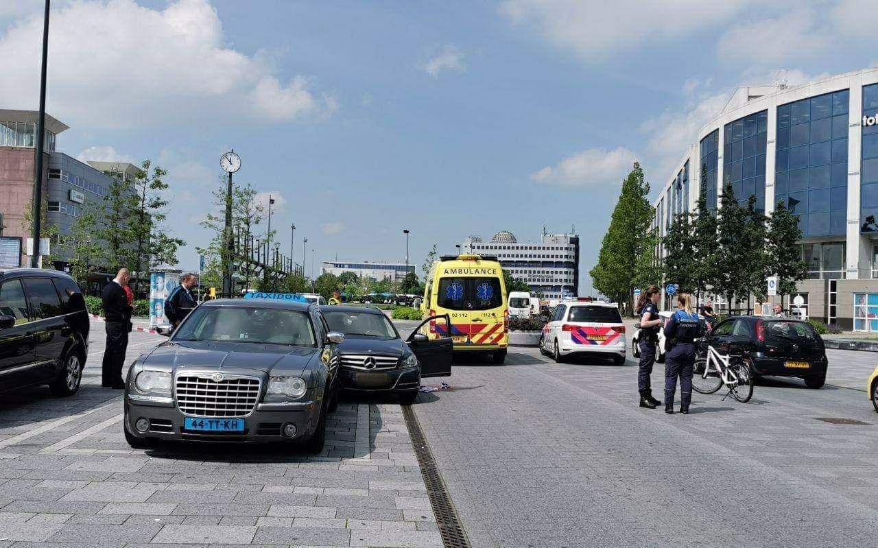 الشرطة والاسعاف في مكان الهجوم