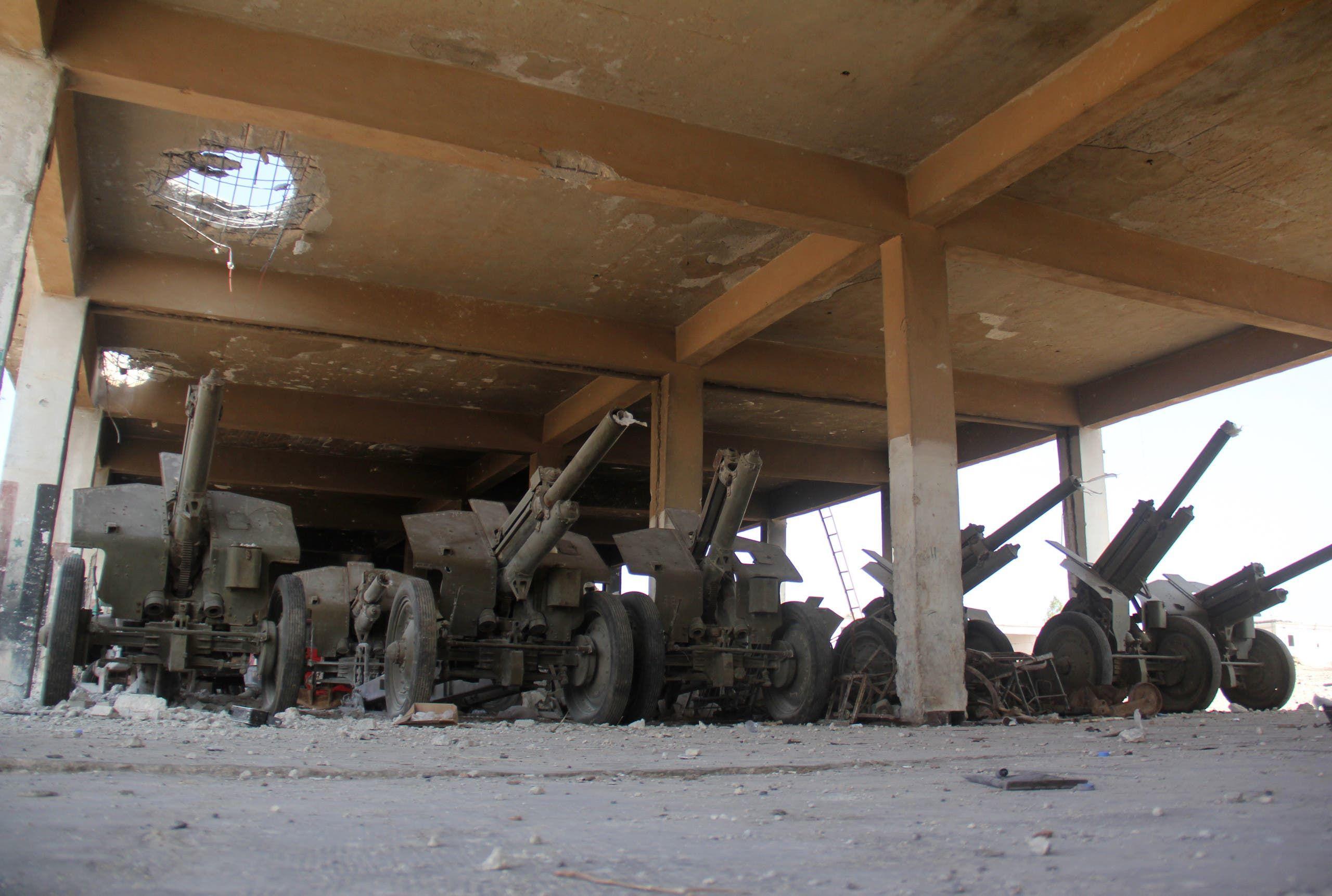 عتاد تابع لجبهة النصرة شمال سوريا (فرانس برس)