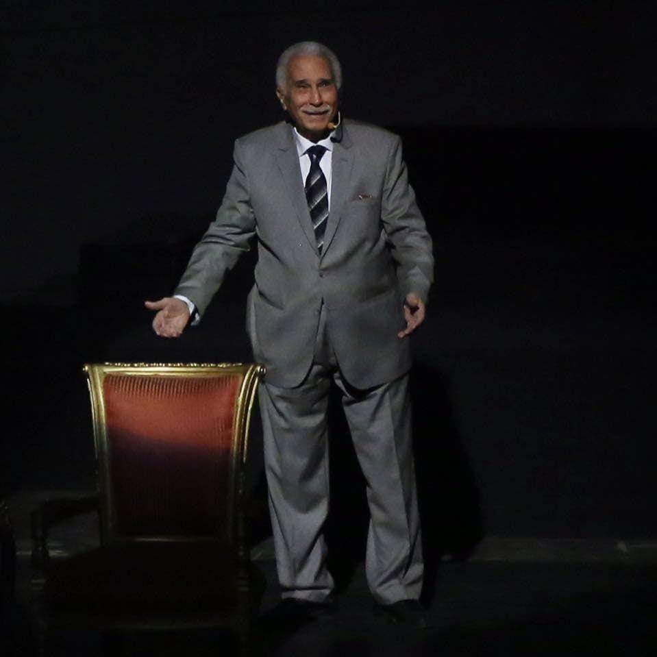 الفنان عبد الرحمن ابو زهرة