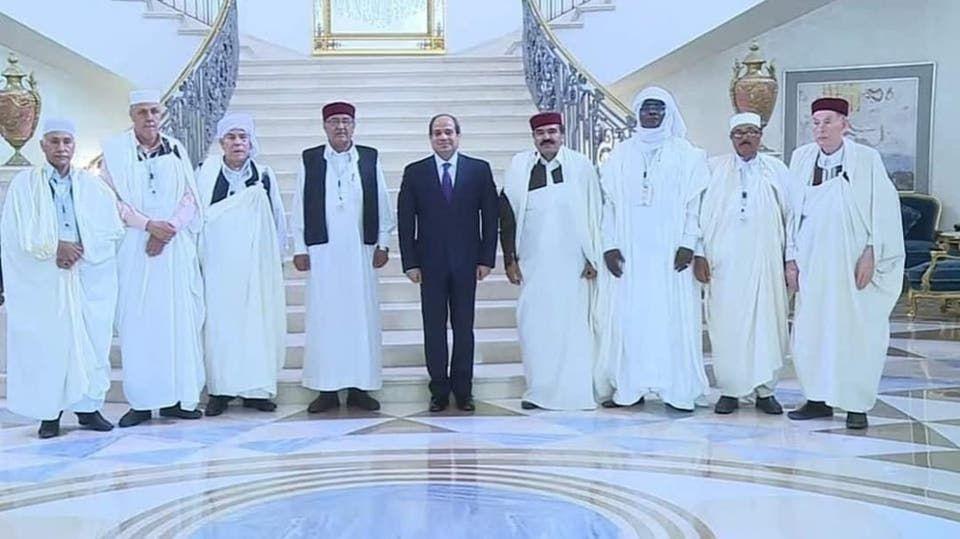 حفيد عمر المختار على يمين الرئيس السيسي