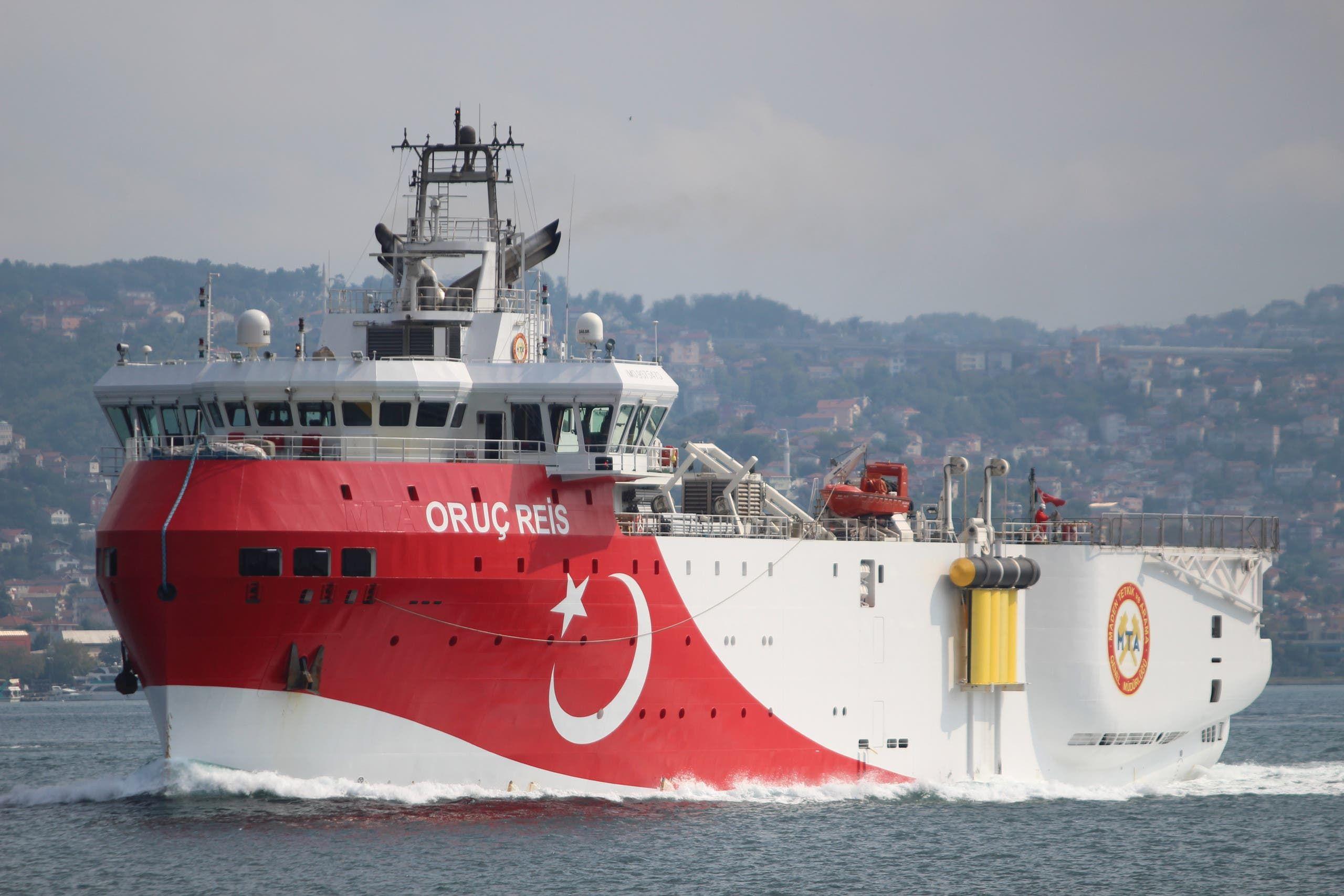 سفينة تركية (رويترز)