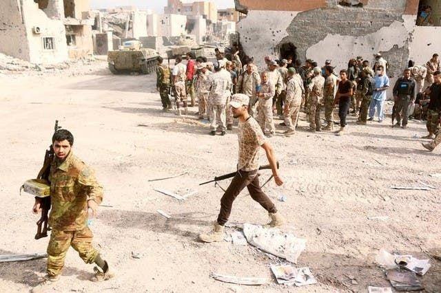 مقاتلون موالون لحكومة الوفاق الليبية في سرت