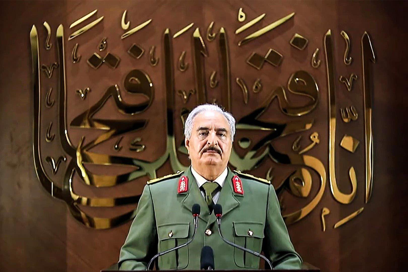 قائد الجيش الوطني الليبي خليفة حفتر