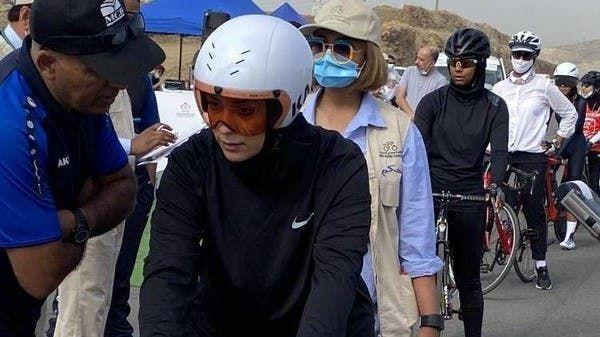 لأول مرة.. سعوديات في بطولة الدراجات الهوائية في أبها