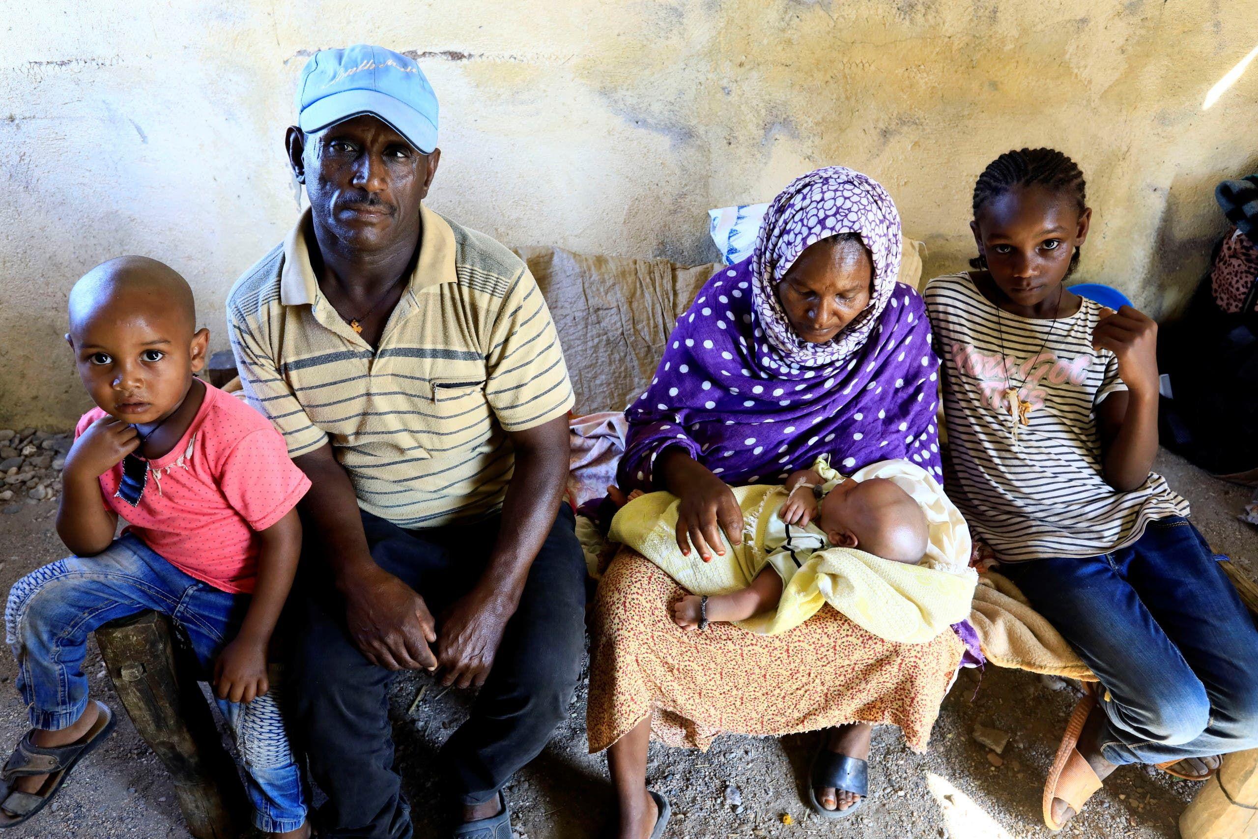 12لاجئون إثيوبيون يفرون من القتال الدائر في منطقة تيغراي يوم 24 نوفمبر