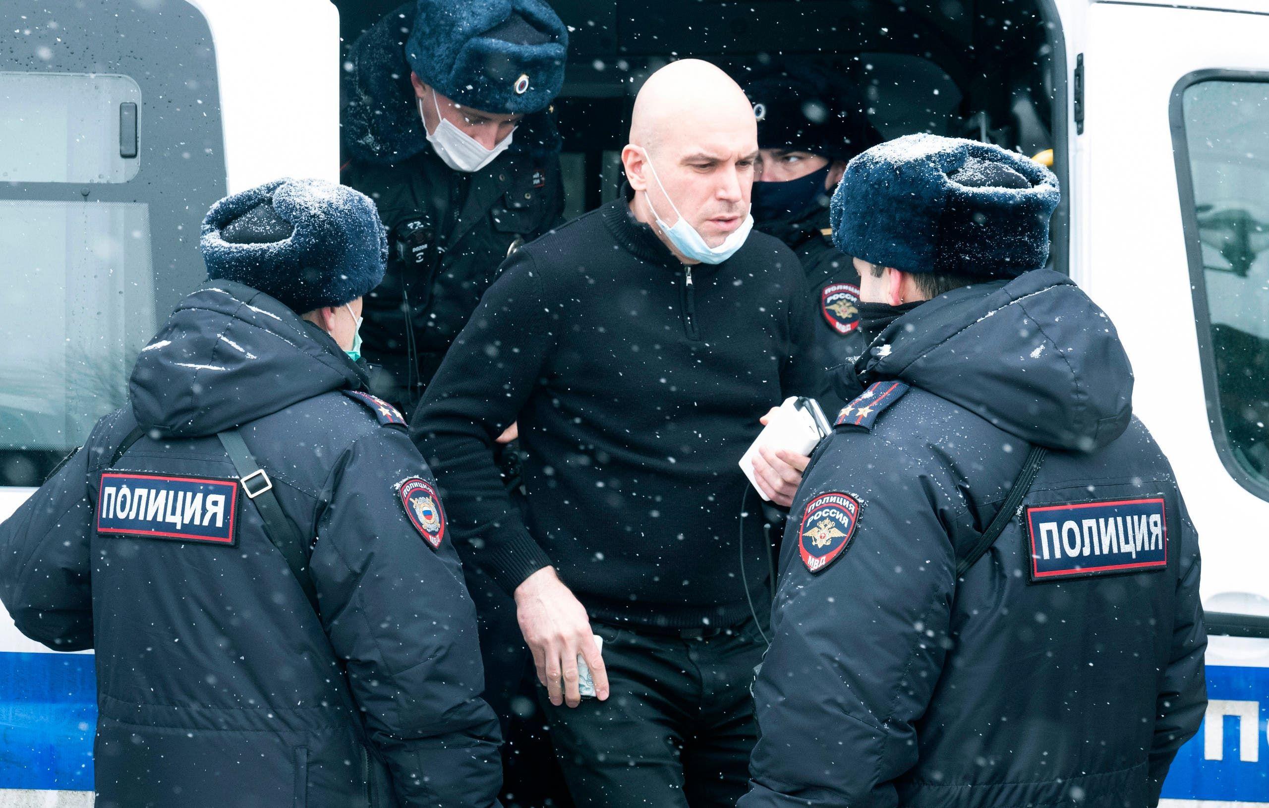 اعتقال أحد المشاركين في المنتدى