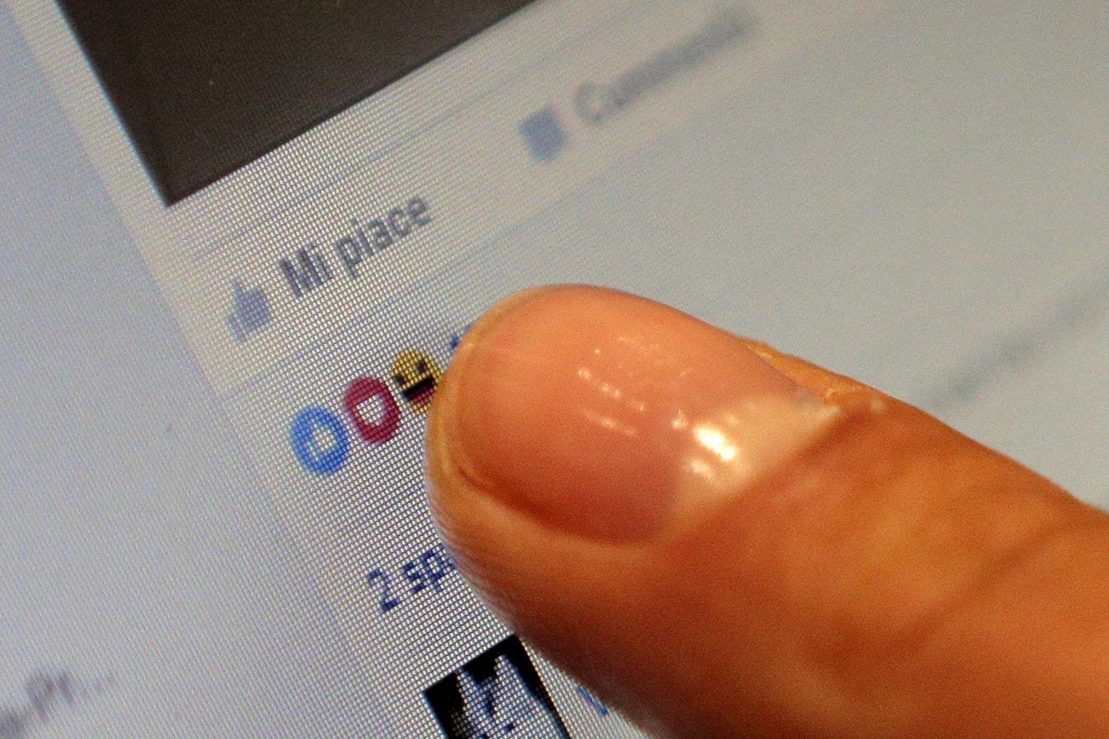 عداد التفاعل في فيسبوك