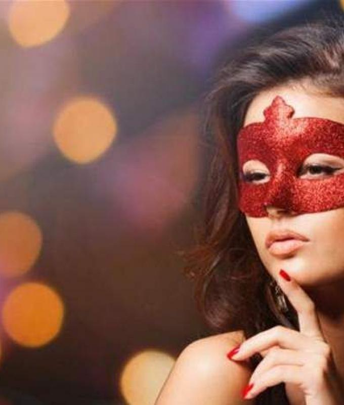 مغنيّة لبنانية بالـ'بودي' على السرير.. وتسأل: 'تستحي أم تضمني أم...'