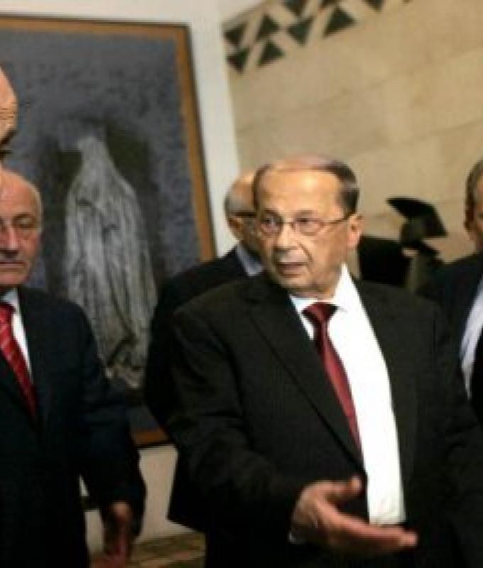 """عون وجنبلاط: سياسة الكسر تغلب """"العهد"""""""