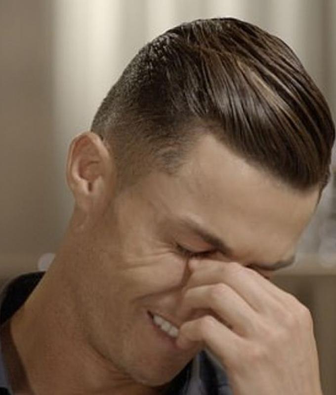 كريستيانو رونالدو ينهار بالبكاء على الشاشة (فيديو)