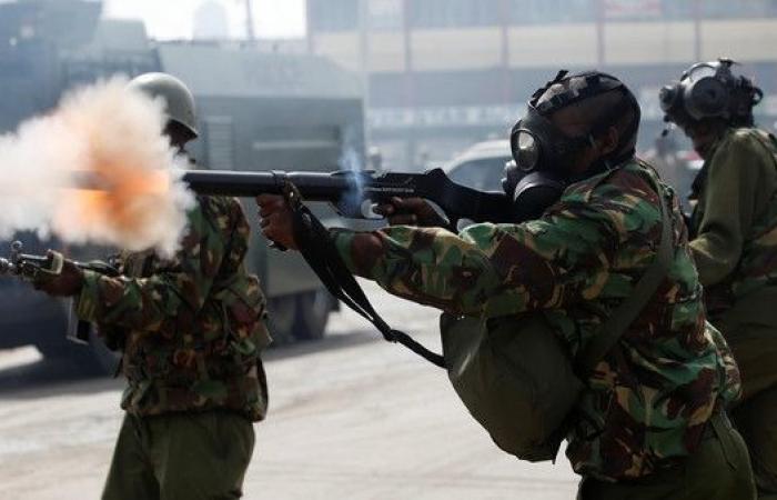 كينياتا يؤدي اليمين رئيساً لكينيا وسط صدامات دامية