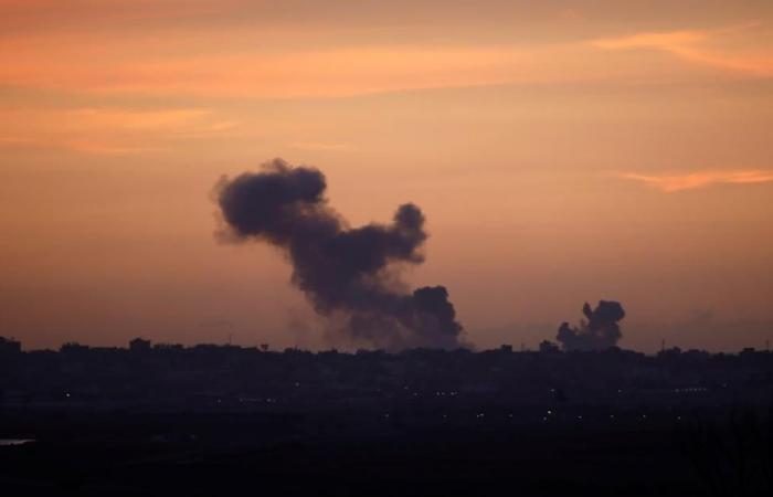 إصابات في قصف مدفعي وجوي إسرائيلي بغزة
