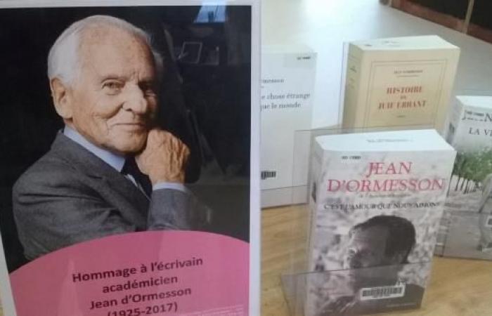 """جان دورميسون.. رحيل عن """"إمبراطورية"""" الأدب"""