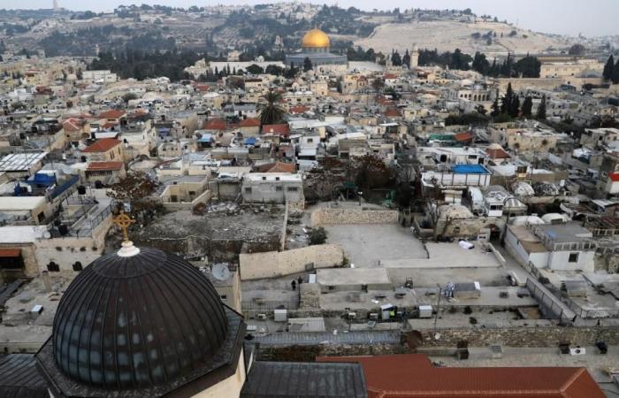 """ائتلاف نصرة القدس يحذر من عواقب """"المغامرة الأميركية"""""""
