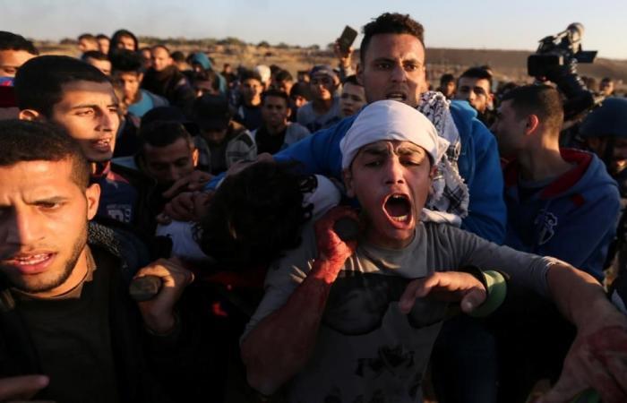 شهيد ومئات المصابين بمواجهات الضفة وغزة
