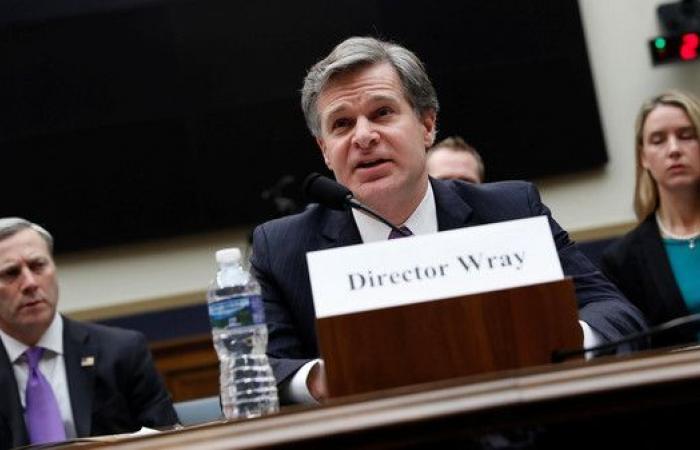 واشنطن.. مدير FBI يرفض انتقادات ترمب