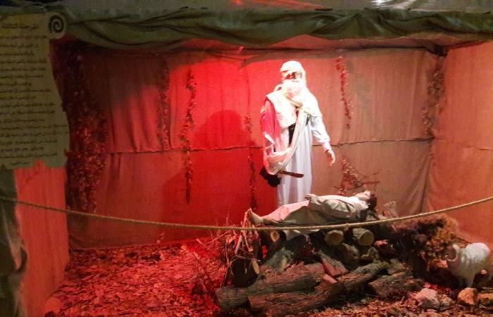 بالصور: سيدة بشوات تضيء أكبر مغارة ميلادية