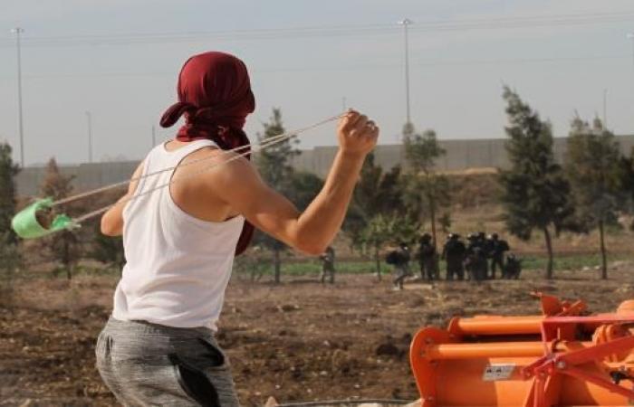 طلاب المدارس يتصدّرون الاحتجاجات الفلسطينية في يومها السابع