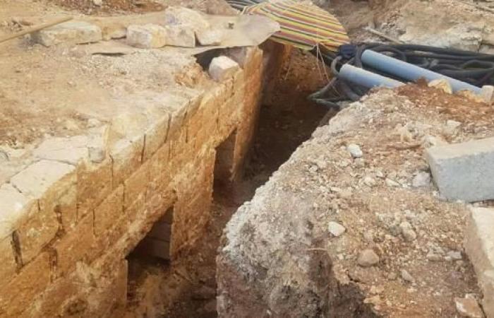 اعتداء إسرائيلي جديد على مقبرة مأمن الله بالقدس الغربية