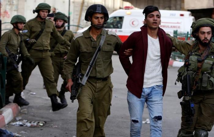 اعتقالات بالضفة والاحتلال يقصف المقاومة بغزة