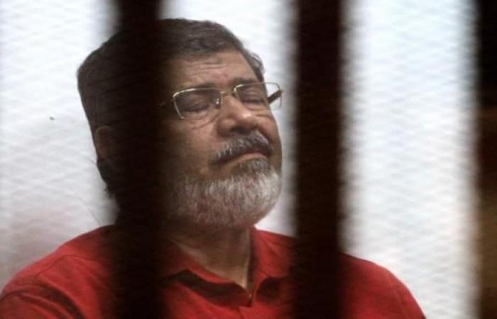 بأمر المحكمة: لجنة طبية توصي بتحويل مرسي للفحص الطبي بمستشفى خاص