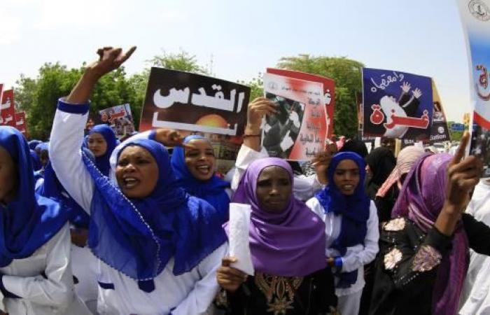 دعوات نائب رئيس الوزراء السوداني للتطبيع: هل تطيح به؟