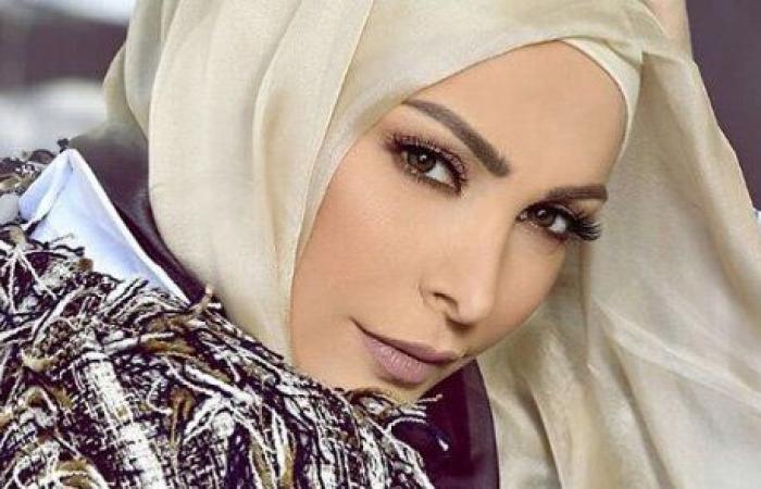 أمل حجازي غير مقتنعة بحذفها صورها قبل الحجاب.. هؤلاء من طالبوها بهذا!