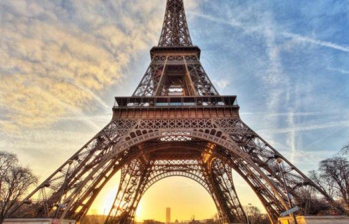علماء فرنسا يكتشفون شيئا غريبا بفندق قرب برج إيفل