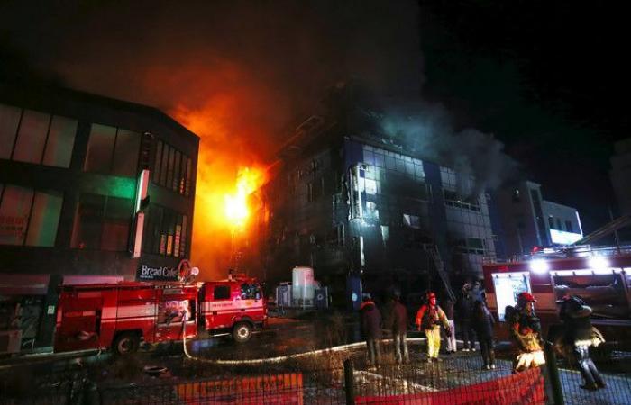 سوبرمان يقفز من الطابق الـ 8 وينجو من حريق قاتل
