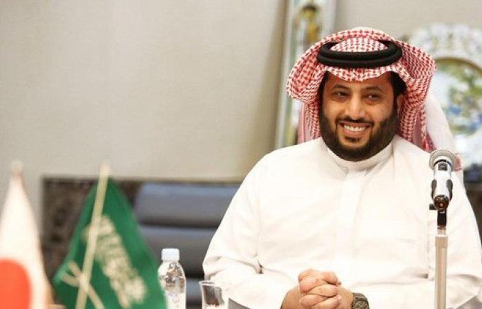 آل الشيخ الشخصية الأكثر تأثيراً في كرة القدم العربية