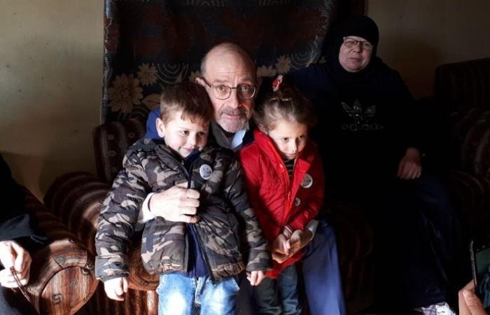 الصراف زار عائلات عسكريين شهداء في فنيدق وبرقايل