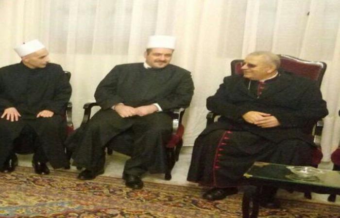 حسن أوفد أبو حمدان والعطار لتهنئة العمار والحداد بالأعياد