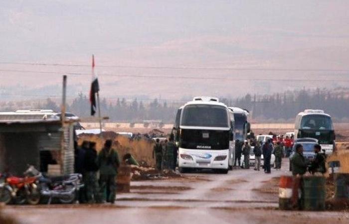 سوريا.. إجلاء مسلحين قرب الجولان إلى درعا وإدلب