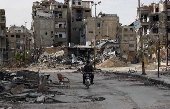 اشتباكات وغارات عنيفة قرب دمشق