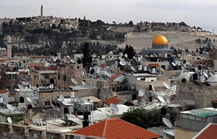 إسرائيل تشدد قبضتها على القدس..قيود جديدة على أي انسحاب