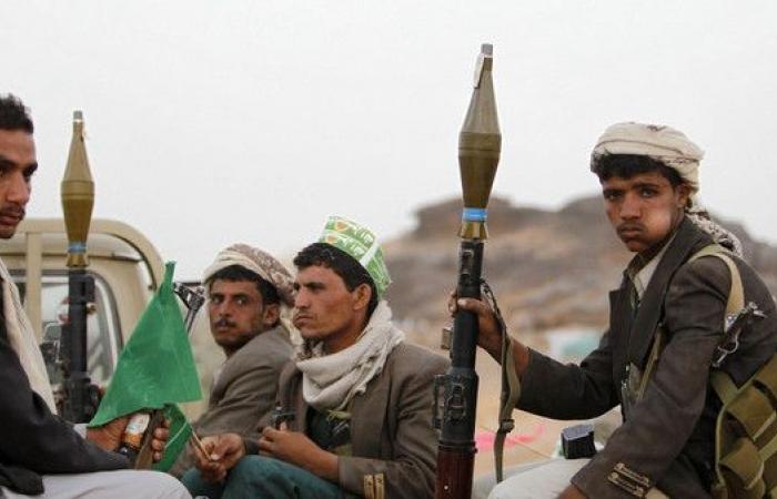 ميليشيات الحوثي تهرب تاركة قتلاها وجرحاها على الجبهات