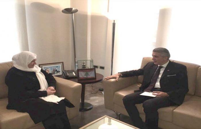 الحريري استقبلت السفير التركي ووفد نقابة المهن البصرية