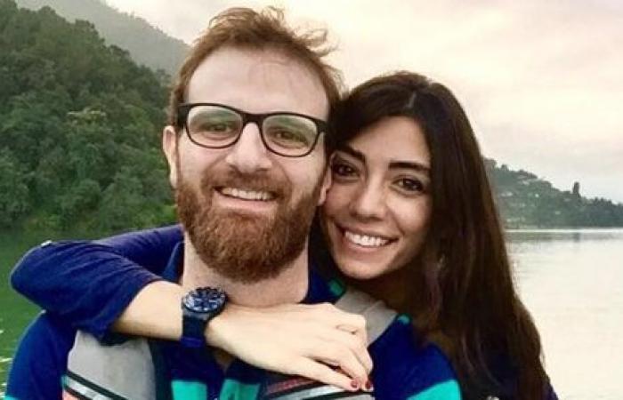 """بالفيديو: على لحن """"3 دقات"""" فؤاد يمّين وزوجته يغنّيان لمولودهما الأول!"""