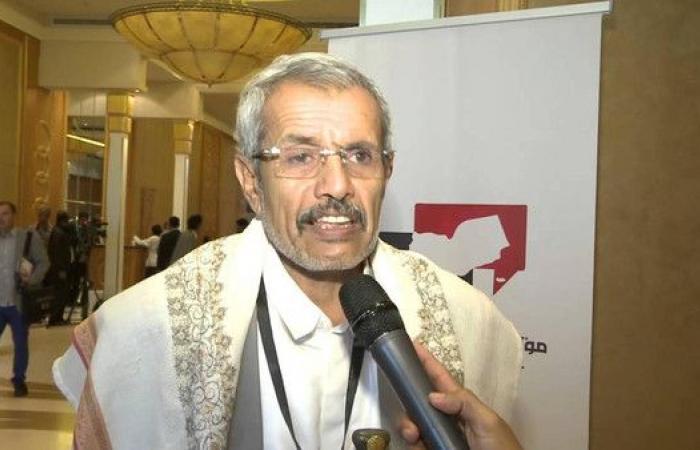قبيلة يمنية تخلع شيخها وتهدر دمه لعمله مع الحوثيين