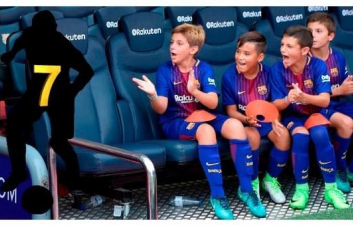 """حجب رقم """"7"""" يفضح سر اقتراب غريزمان من برشلونة"""