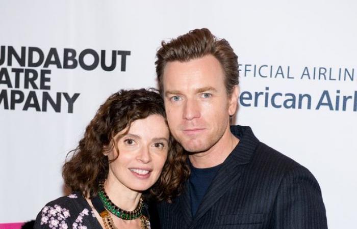 ممثل ينفصل عن زوجته بعد 22 سنة زواج بسبب زميلته في التمثيل!