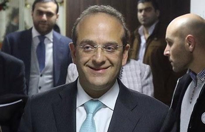 وزير الاقتصاد من دافوس: نقوم باجتماعات فعالة تحضيراً لمؤتمر باريس