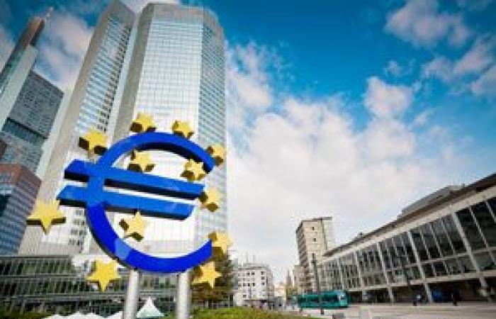 قطاع الصناعات الأوروبي ينزل عن حاجز 60 نقطة– يناير